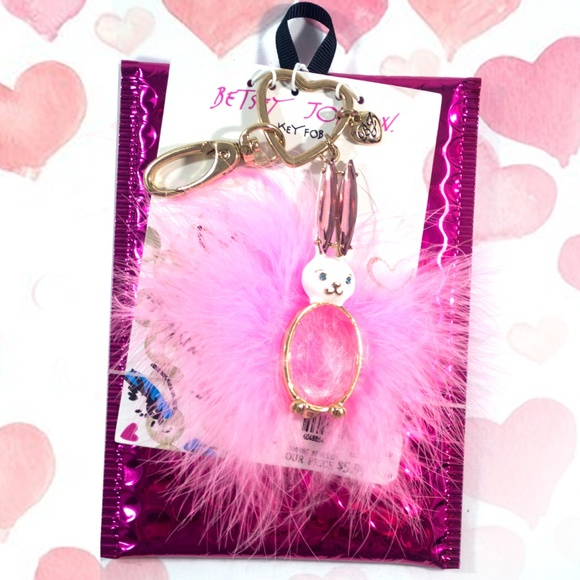 Betsey Johnson Accessories - 🎁Gold Plated Bunny Rabbit Key Chain Clear Center